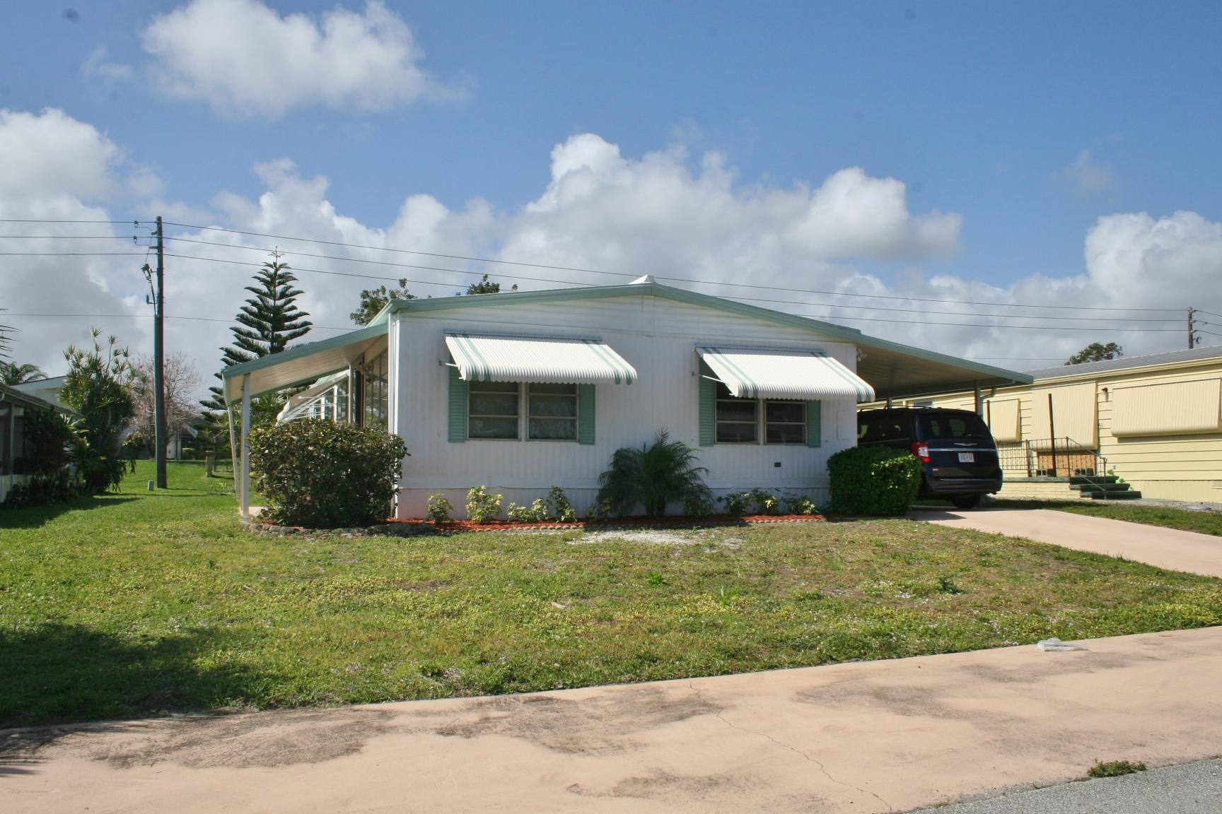 Home for sale in RIDGEWAY MOBILE HOME PLAT 1-6 Hobe Sound Florida