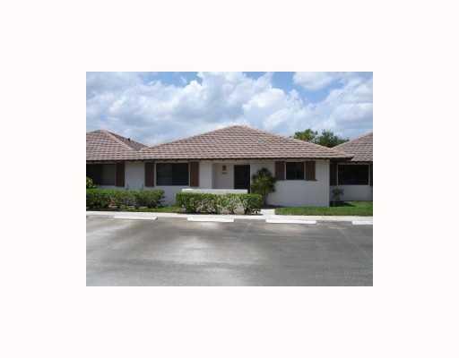 303 Club Drive Palm Beach Gardens, Florida 33418, 2 Bedrooms Bedrooms, ,2 BathroomsBathrooms,A,Villa,Club,RX-10409467