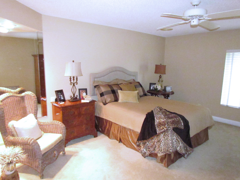 4738 Fountains Drive Lake Worth, FL 33467 photo 15