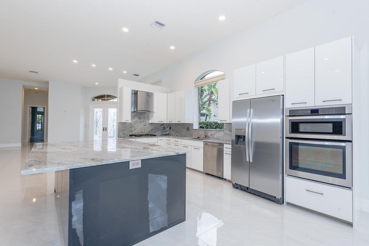 118 Banyan Isle Drive, Palm Beach Gardens, Florida 33418, 3 Bedrooms Bedrooms, ,3 BathroomsBathrooms,A,Single family,Banyan Isle,RX-10409786