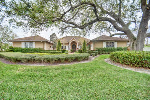 Groves Estate 2 - Davie - RX-10411929