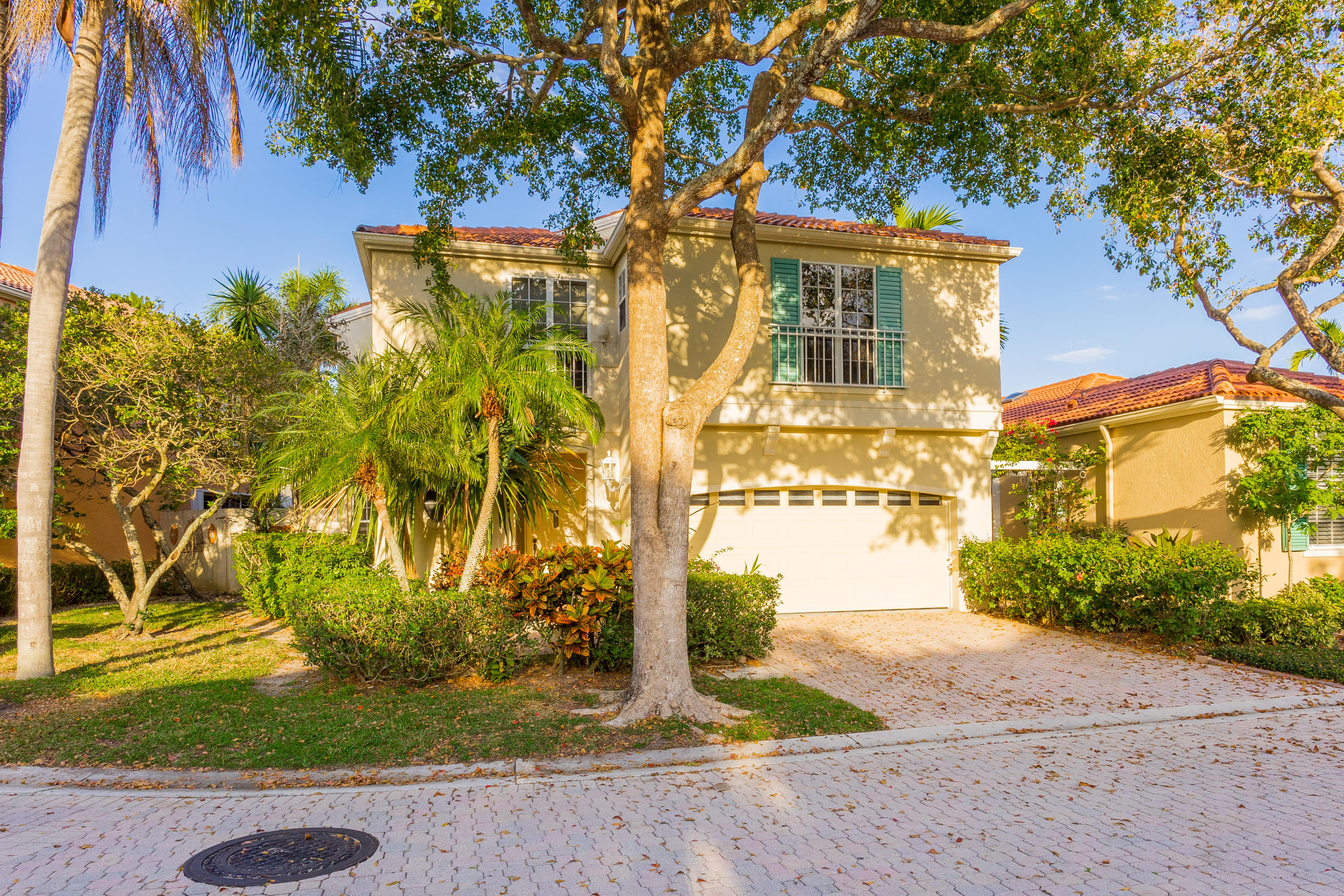 17 VIA AURELIA, PALM BEACH GARDENS, FL 33418