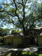 Schooner Oaks Condo
