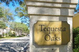 Tequesta Oaks