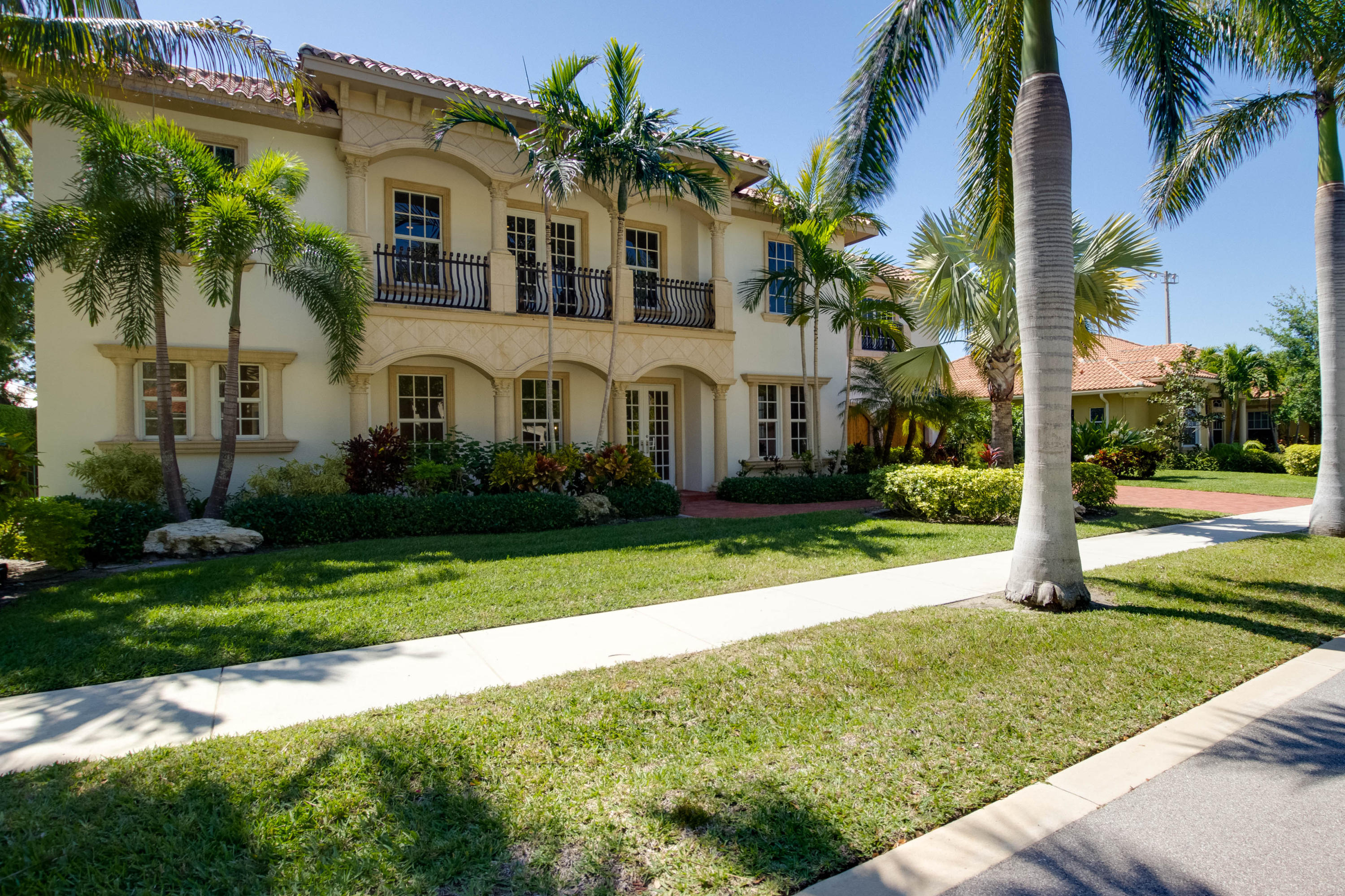 108 Nativa Circle North Palm Beach,Florida 33410,4 Bedrooms Bedrooms,4.1 BathroomsBathrooms,A,Nativa,RX-10414733