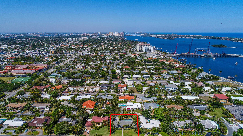 225 Russlyn Drive West Palm Beach, FL 33405 photo 20