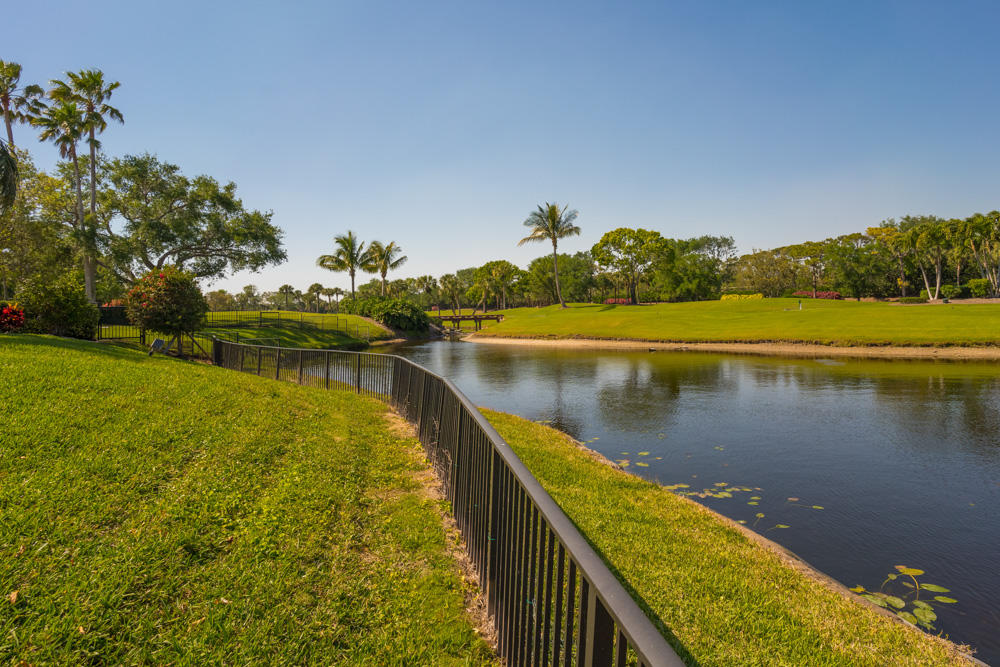 FRENCHMANS CREEK PALM BEACH GARDENS