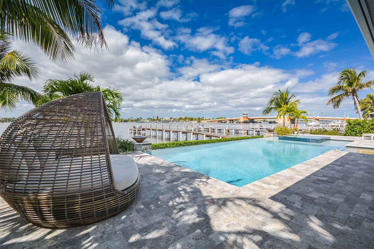 HYPOLUXO ISLAND HOMES FOR SALE