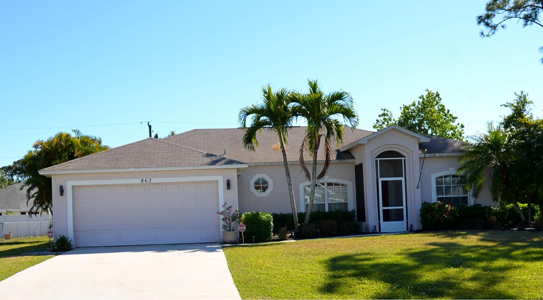 862 SE Starflower Avenue Port Saint Lucie, FL 34983 RX-10417130