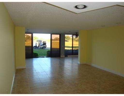 4244 Deste Court Lake Worth, FL 33467 photo 15