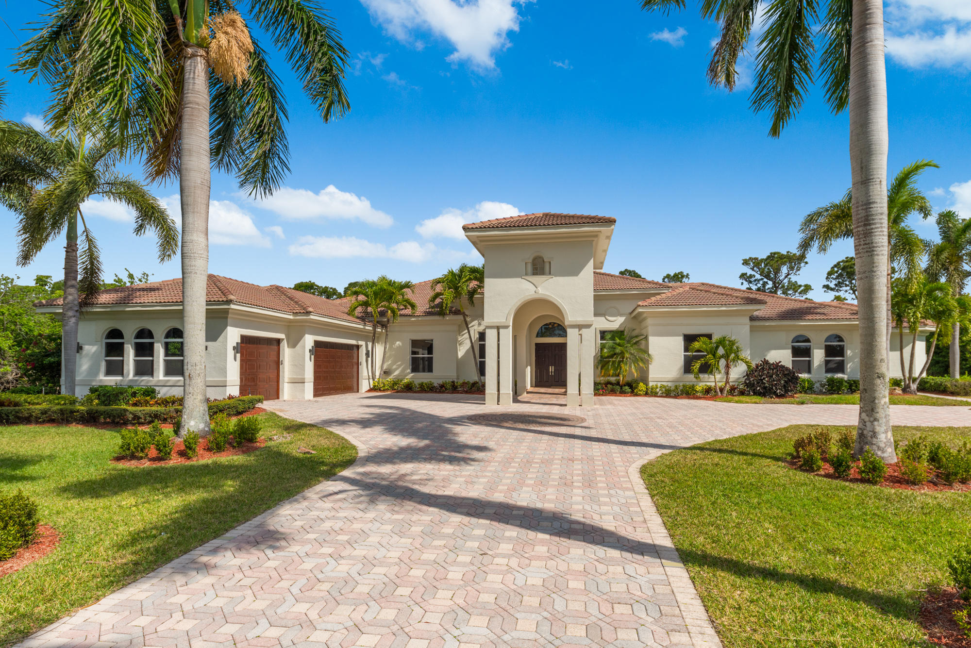 ISLAND COUNTRY ESTATES HOMES FOR SALE