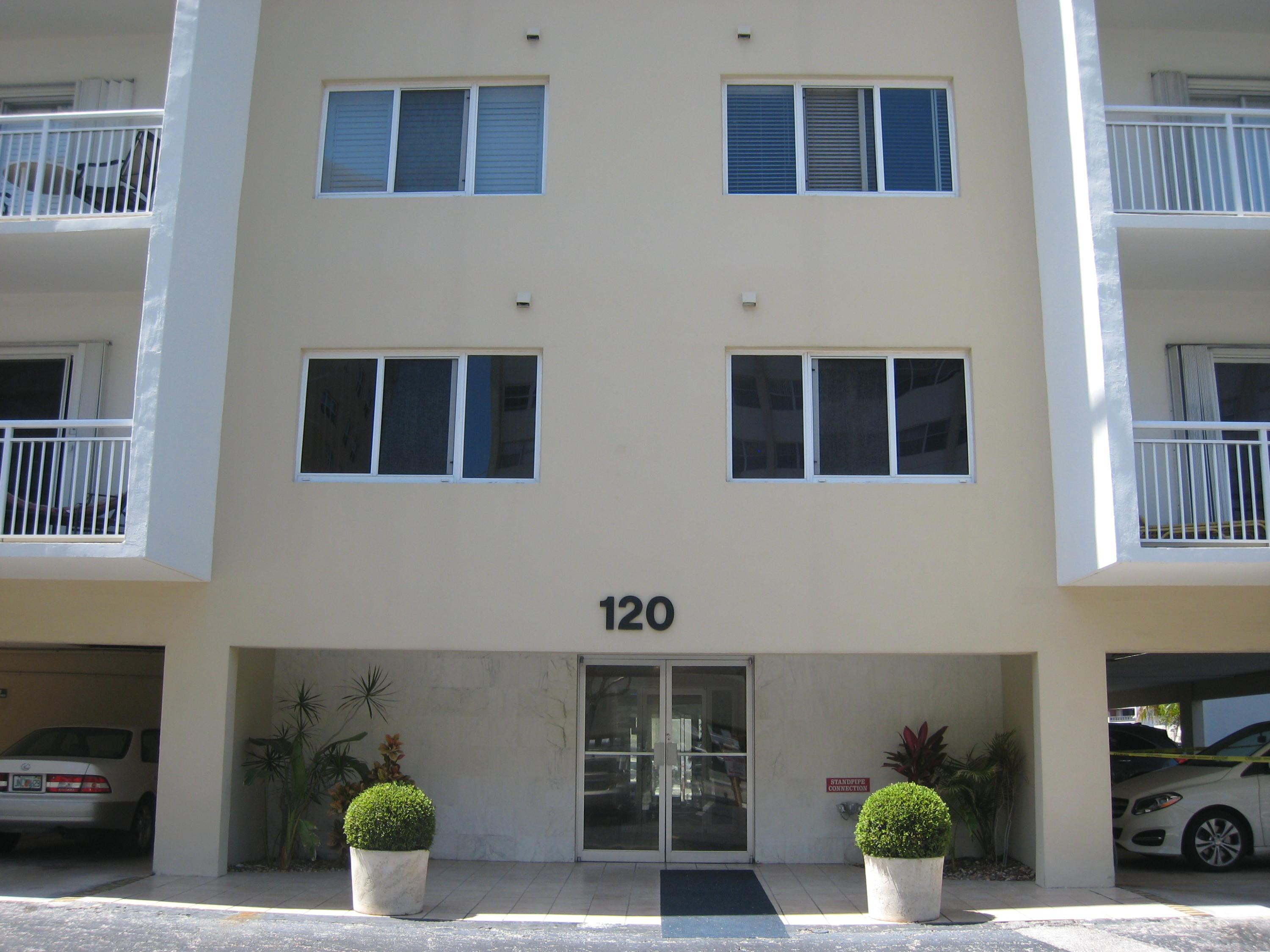 Home for sale in GOLDEN ISLES TOWERS CONDO Hallandale Beach Florida