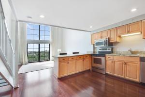 101 Lofts Condominium U