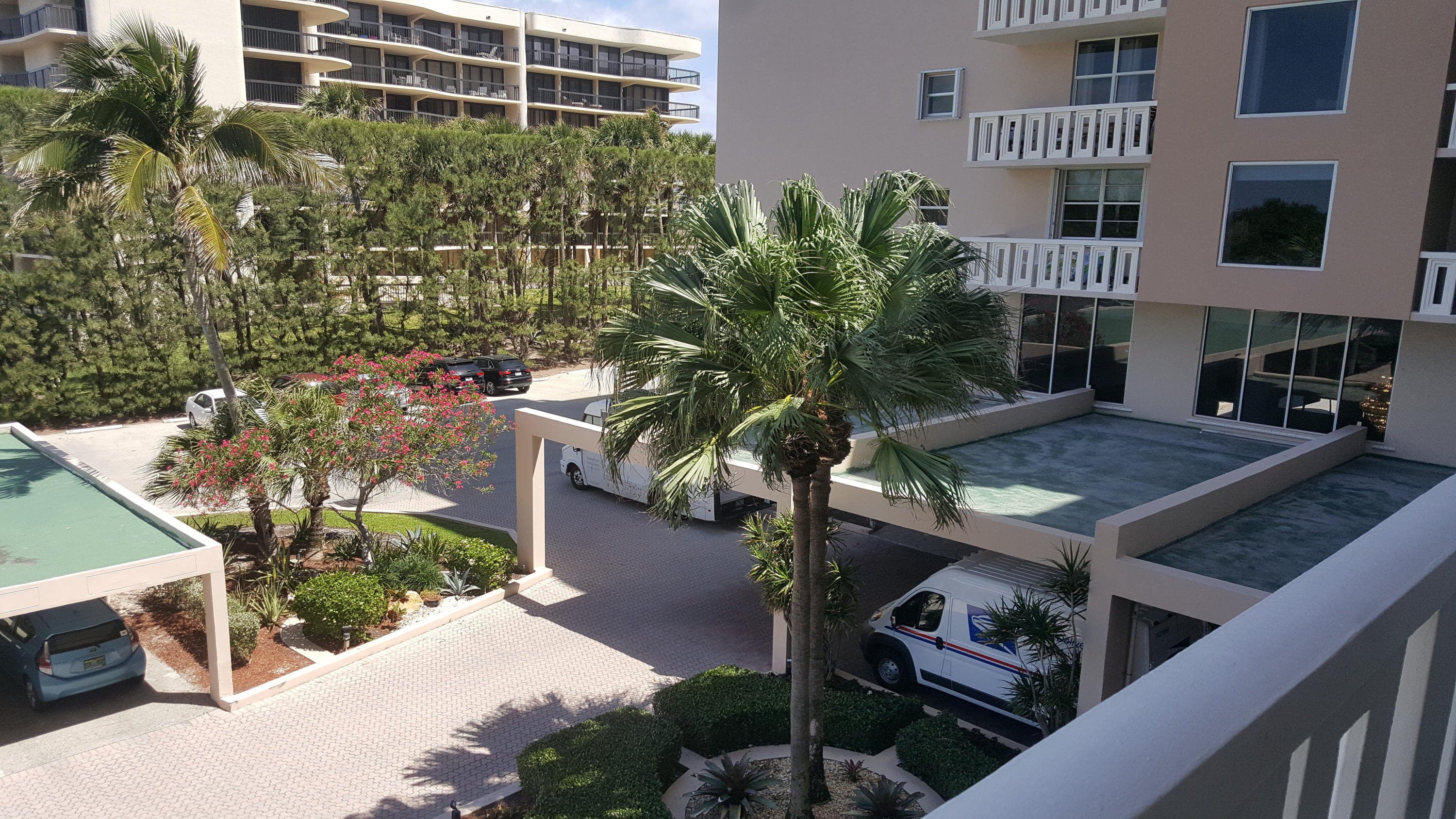 PATRICIAN OF PALM BEACH COND  PARCEL 224