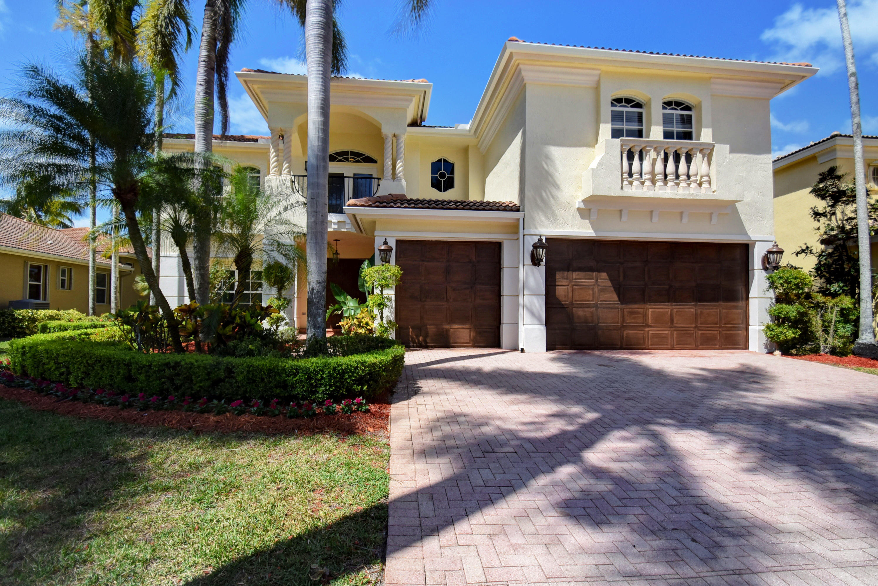16007 Laurel Creek Drive  Delray Beach, FL 33446