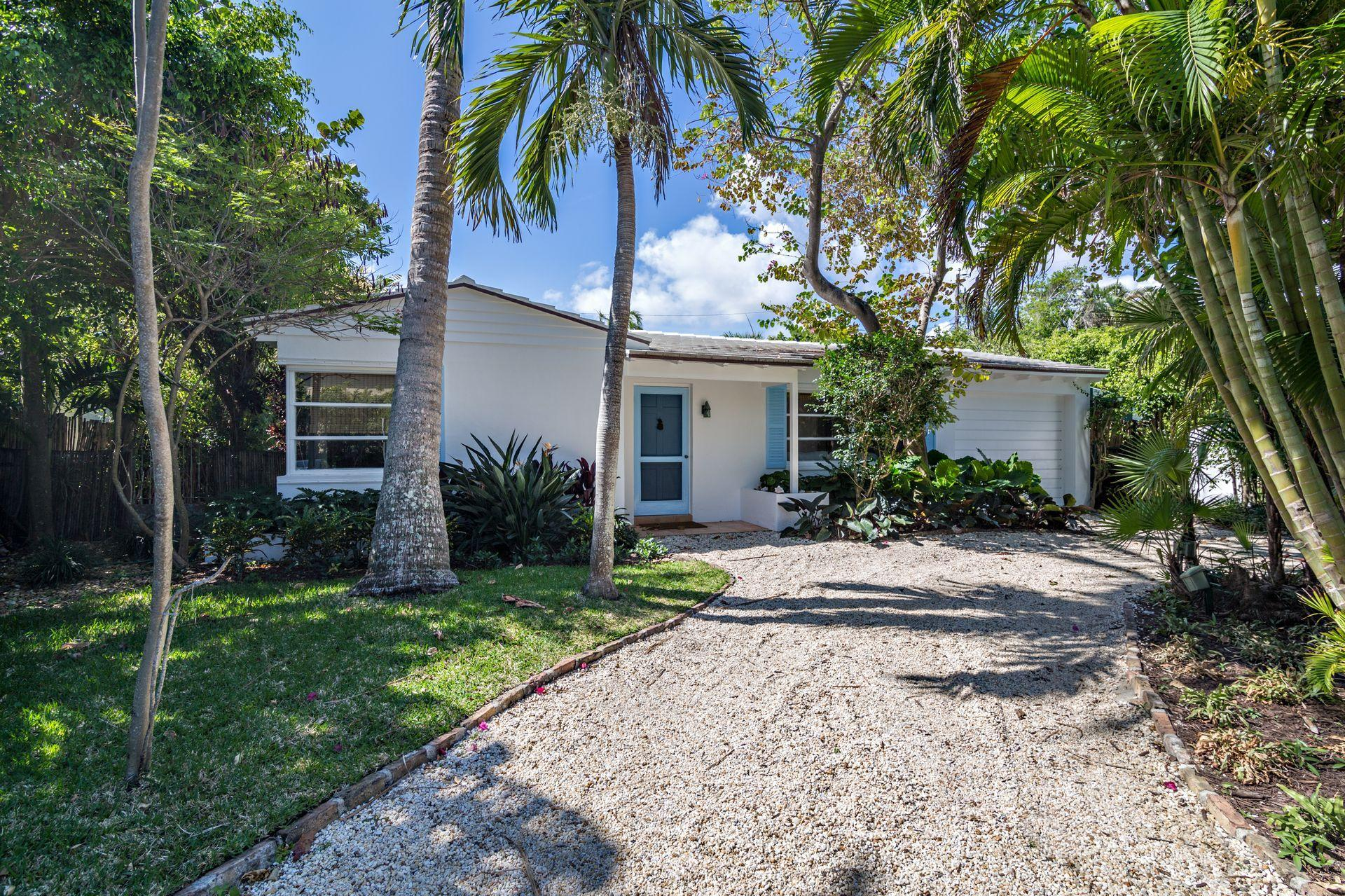 210 Debra Lane - Palm Beach, Florida