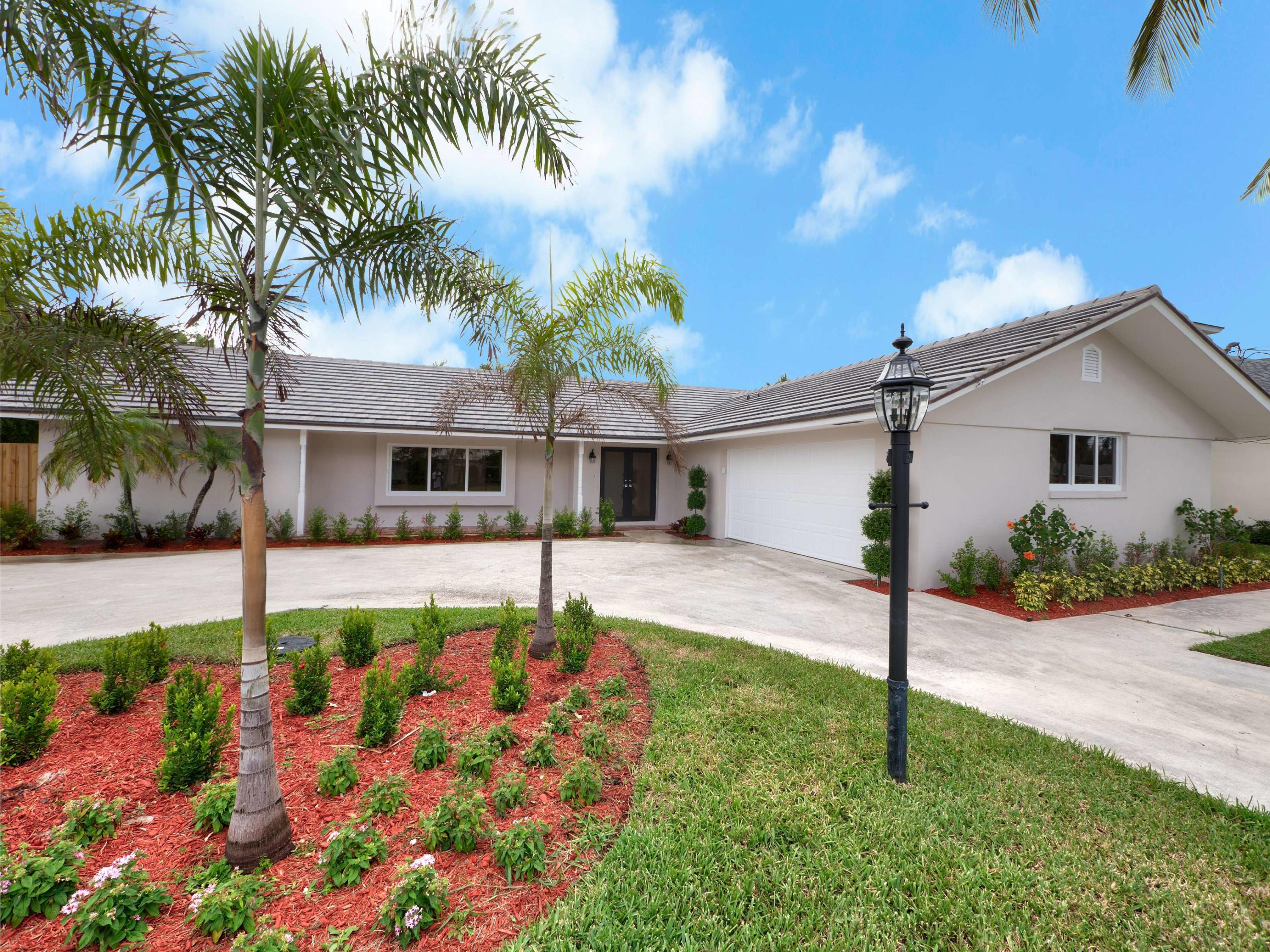 1568 Point Way, North Palm Beach, Florida 33408, 4 Bedrooms Bedrooms, ,3 BathroomsBathrooms,A,Single family,Point,RX-10419223