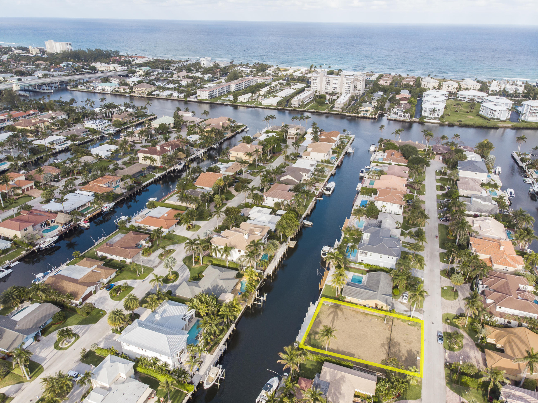 933 Allamanda Drive Delray Beach, FL 33483 photo 3