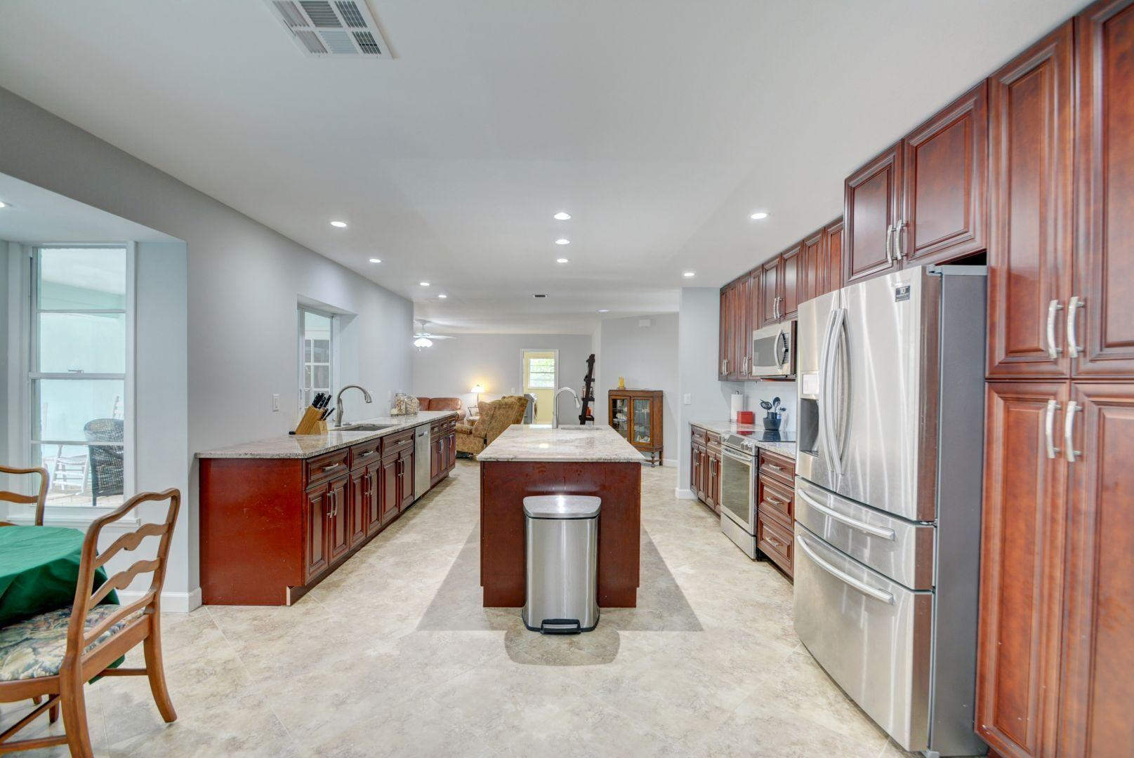 INDIALUCIE REALTY