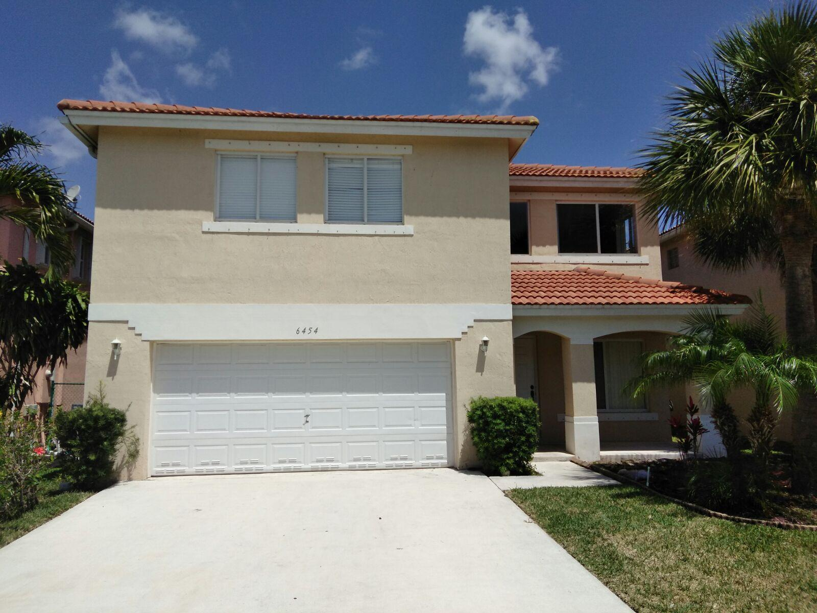 6454 Willoughby Circle Lake Worth, FL 33463