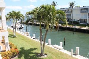Shore Club Apartments
