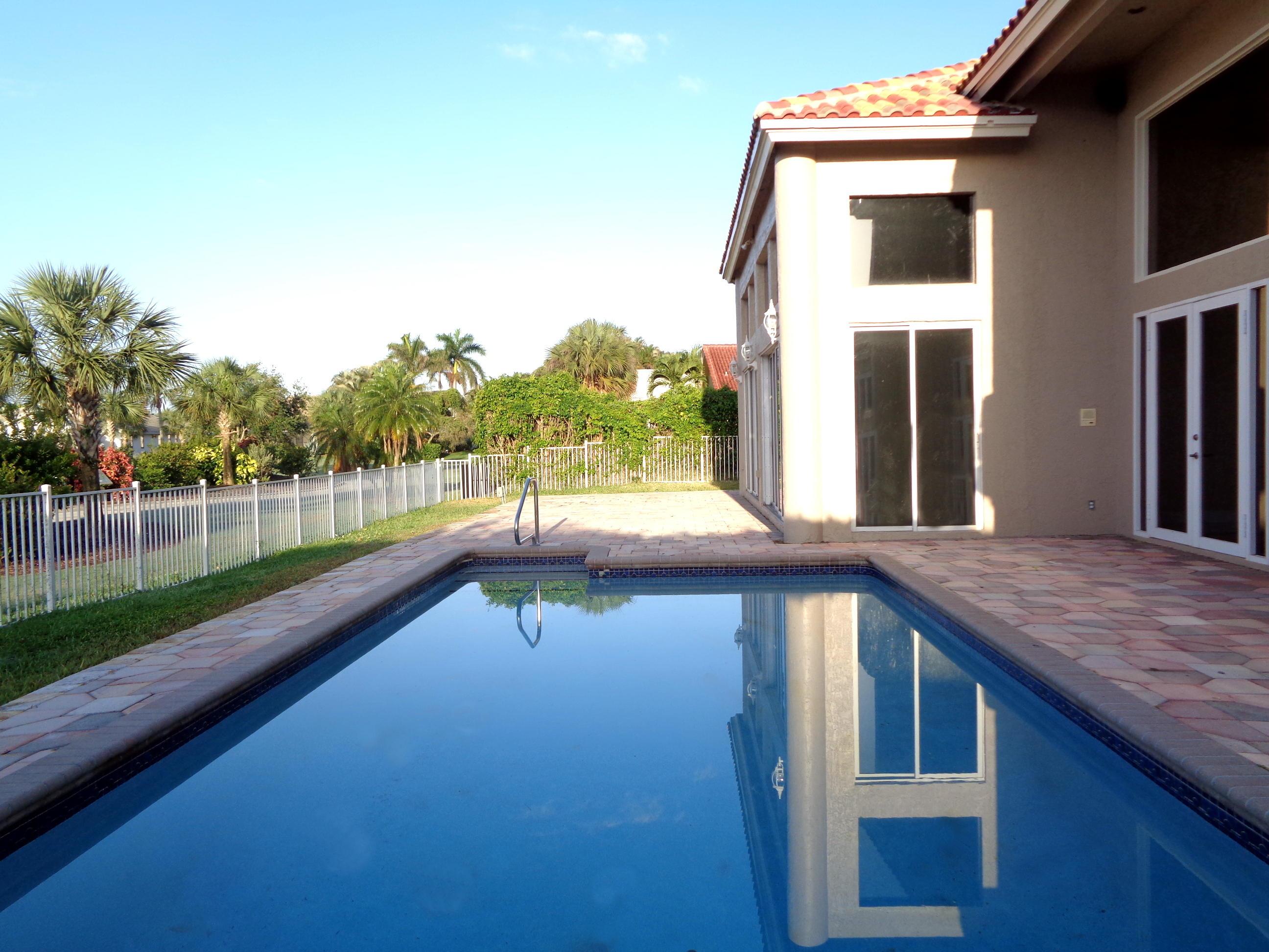 10427 Stonebridge Boulevard Boca Raton FL 33498 - photo 33