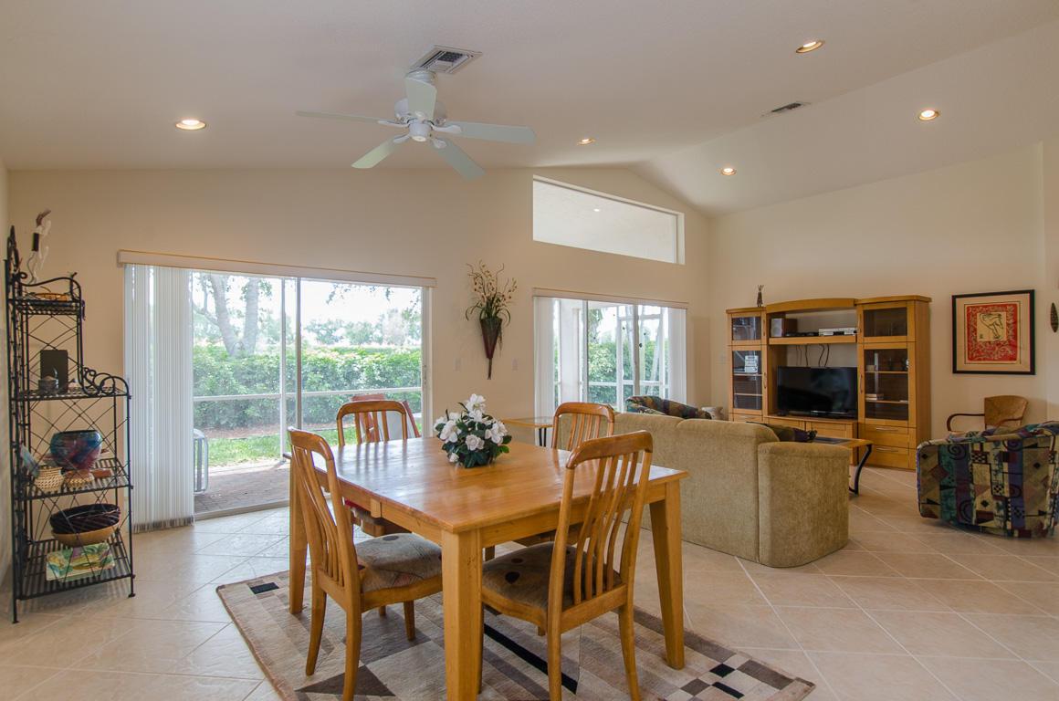 7704 Caprio Drive Boynton Beach, FL 33472