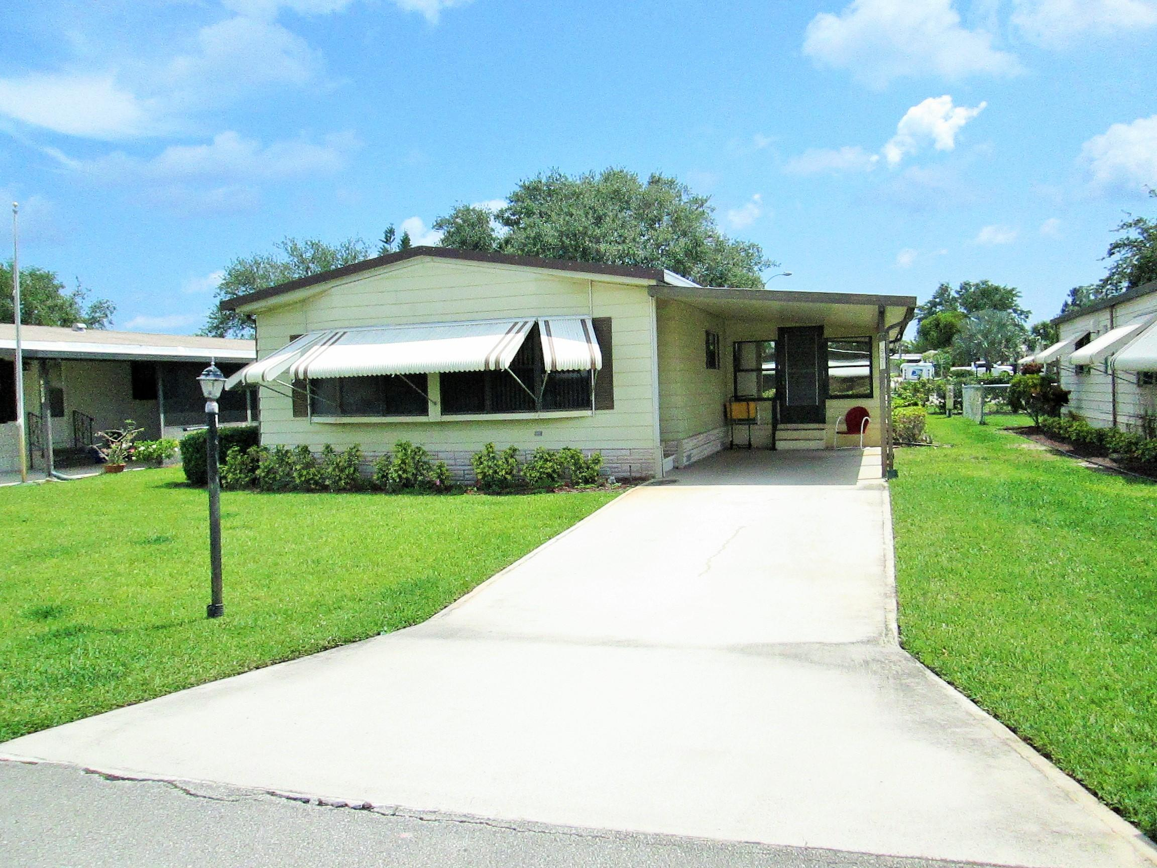 Home for sale in Cambridge Mhp Hobe Sound Florida