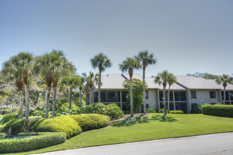 5132 Club Way 202, Stuart, Florida 34997, 2 Bedrooms Bedrooms, ,2 BathroomsBathrooms,A,Condominium,Club,RX-10426559