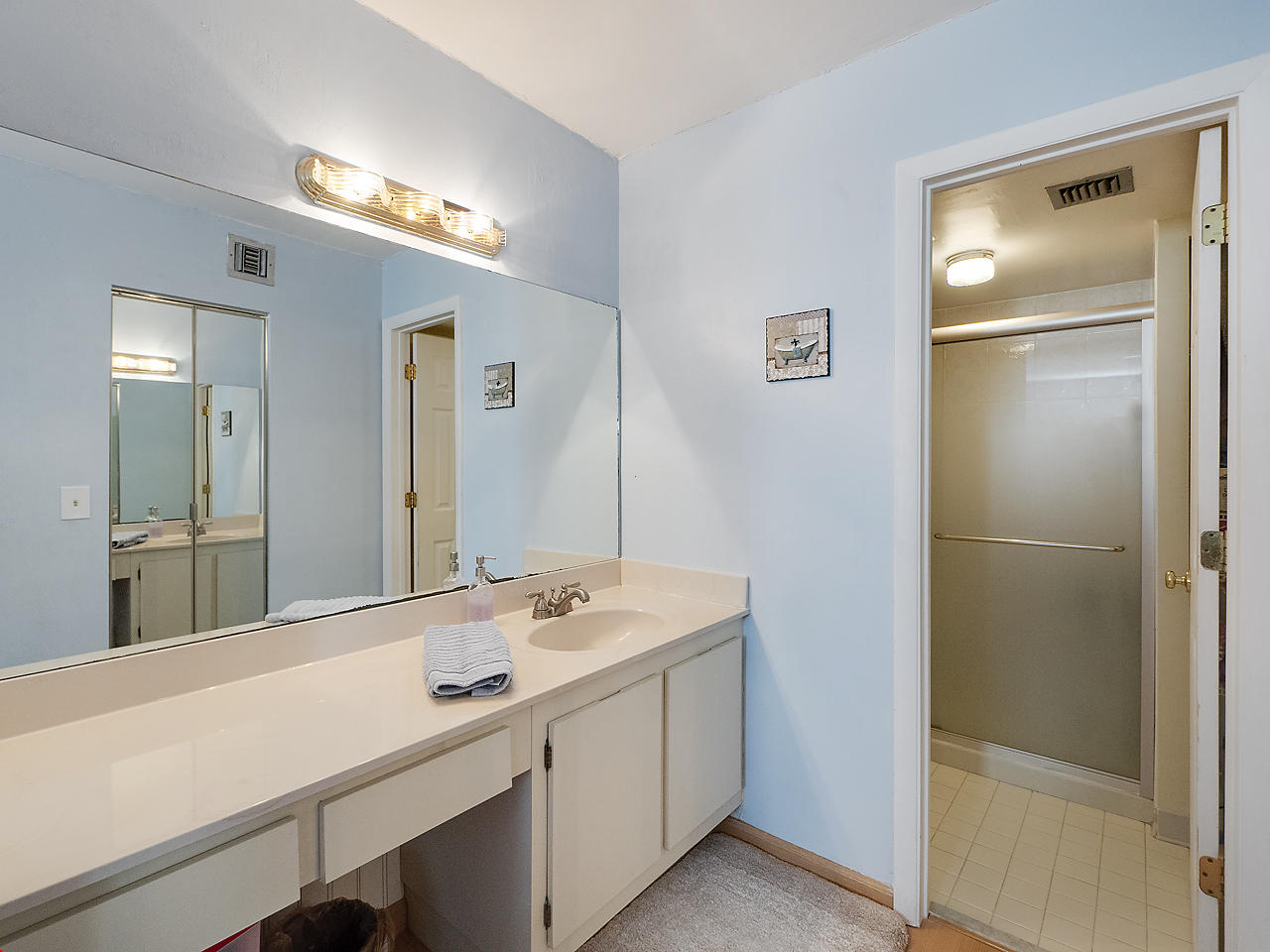 12926 Briarlake Drive 202, Palm Beach Gardens, Florida 33418, 2 Bedrooms Bedrooms, ,2 BathroomsBathrooms,A,Condominium,Briarlake,RX-10426932