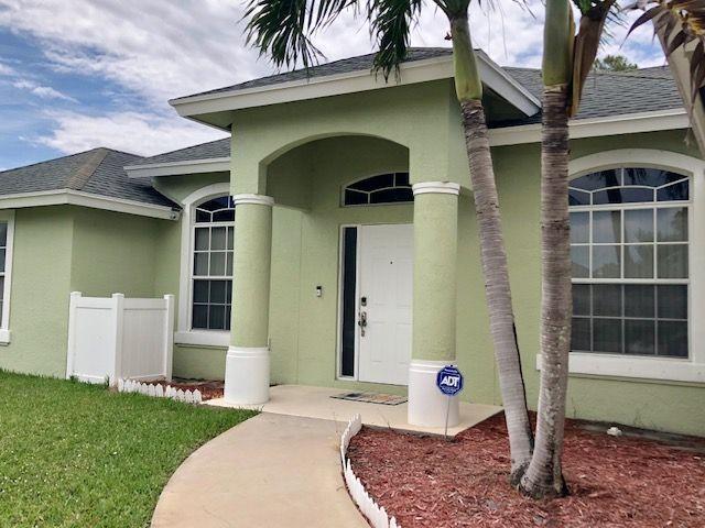 108 Meadow Woode Drive Royal Palm Beach, FL 33411 photo 2