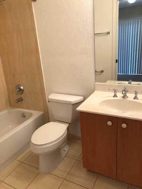 2725 NE 8th Avenue 116 Wilton Manors, FL 33334 photo 5