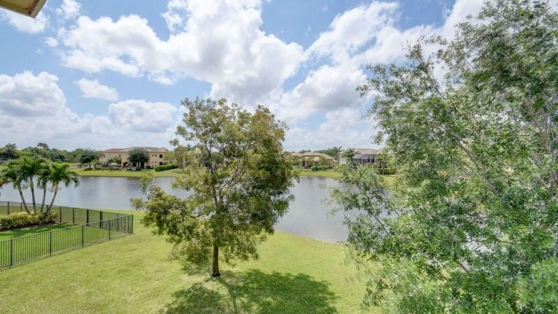10419 Saint Germain Court Wellington, FL 33449 photo 25