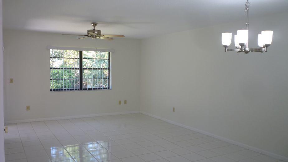 98 Conaskonk Circle Royal Palm Beach, FL 33411 photo 15
