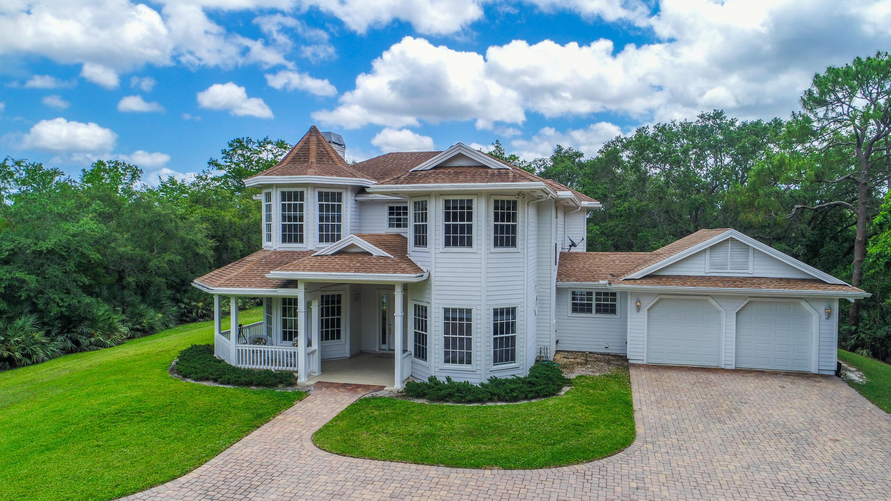 New Home for sale at 1001 Ranch Road in Jupiter
