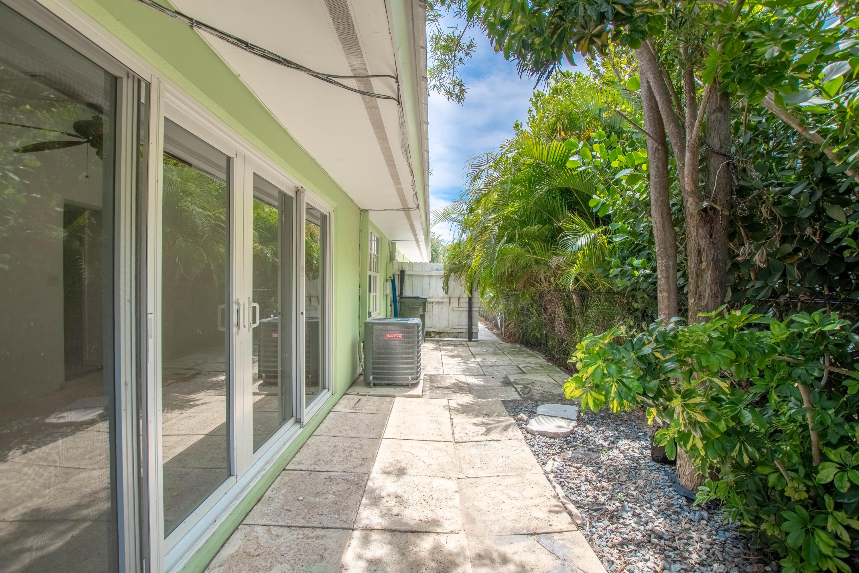 410 Venetian Drive Delray Beach, FL 33483 photo 26