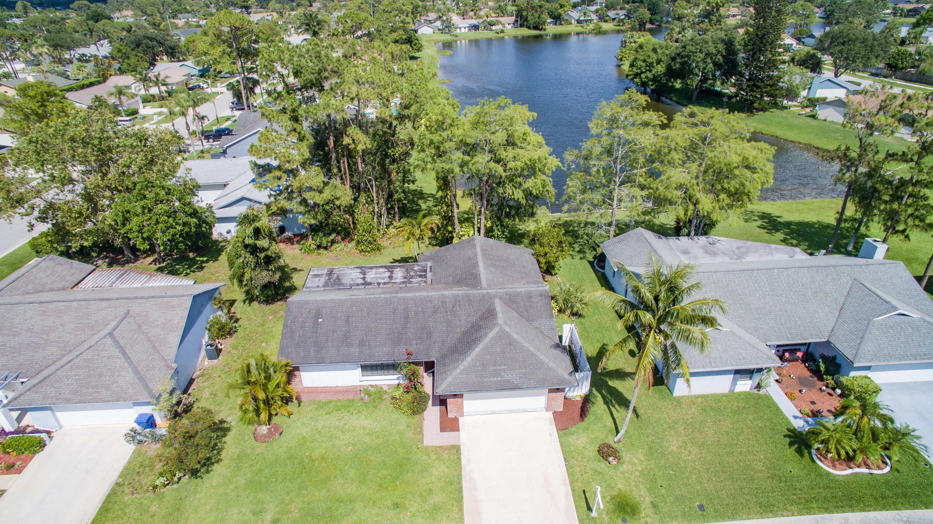 123 Parkwood Drive Royal Palm Beach, FL 33411 small photo 3