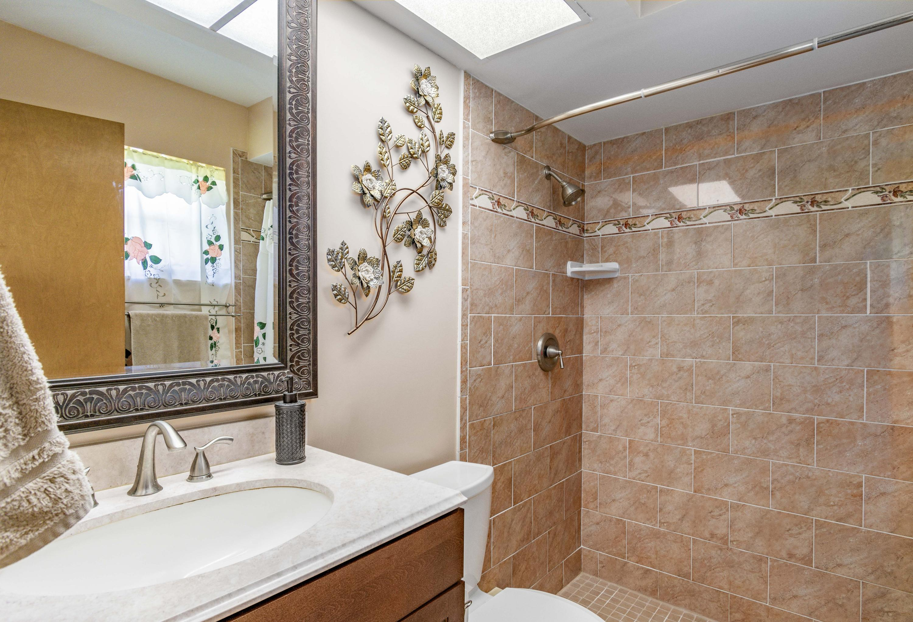 123 Parkwood Drive Royal Palm Beach, FL 33411 small photo 16