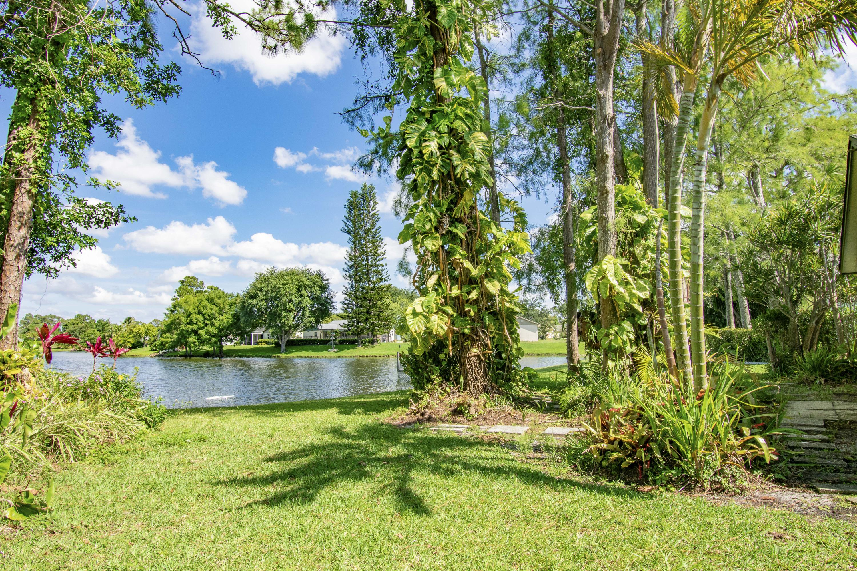 123 Parkwood Drive Royal Palm Beach, FL 33411 small photo 25