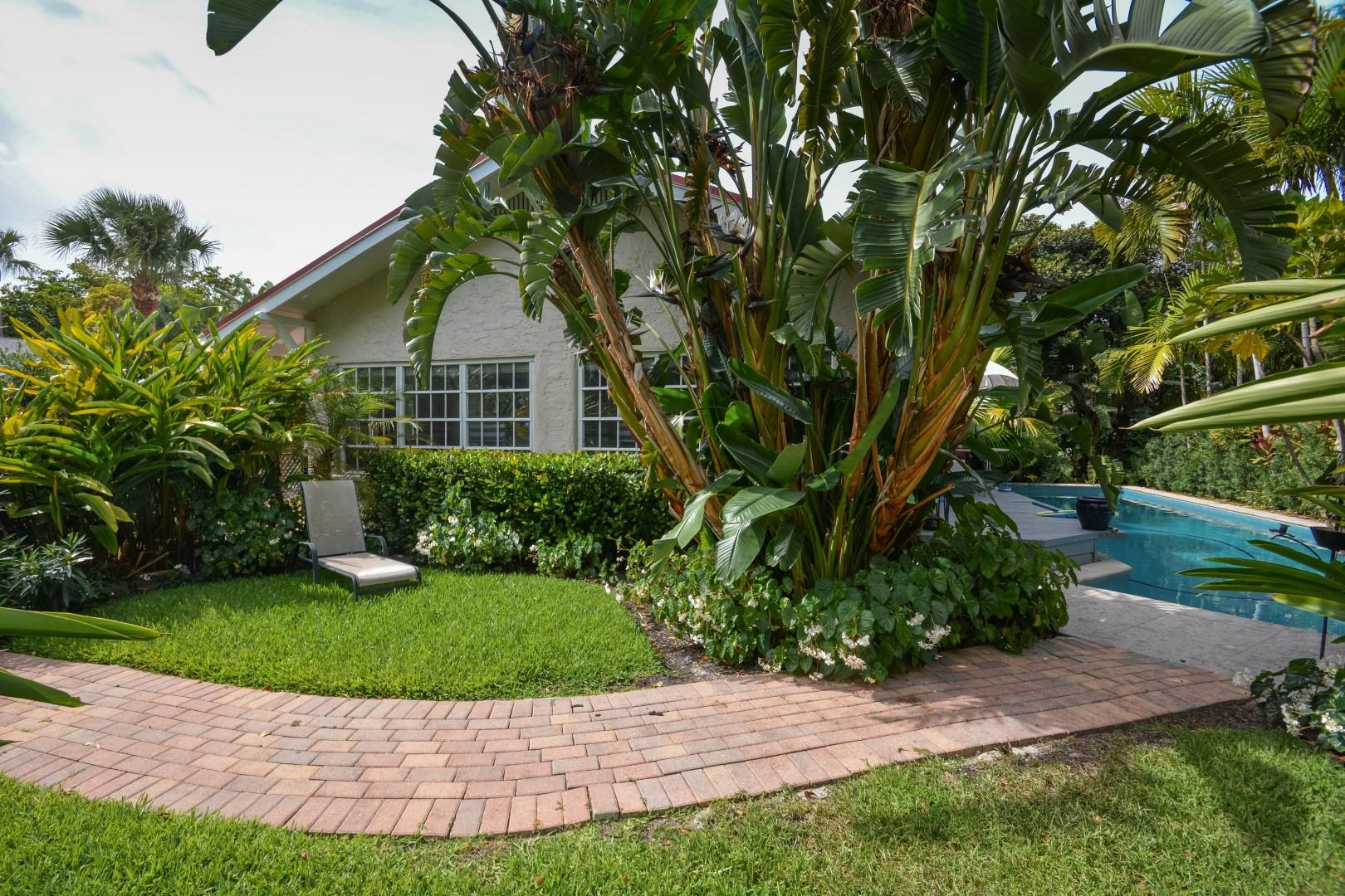 237 Dyer Road West Palm Beach, FL 33405 small photo 1