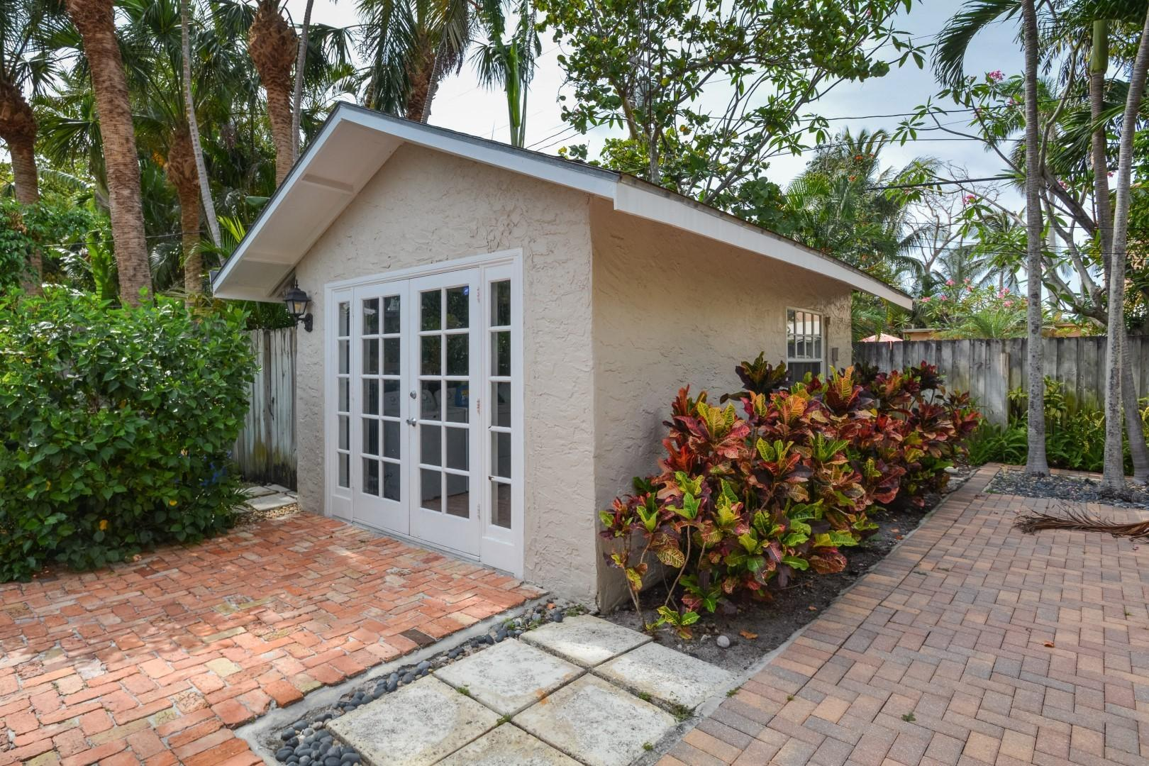 237 Dyer Road West Palm Beach, FL 33405 small photo 16