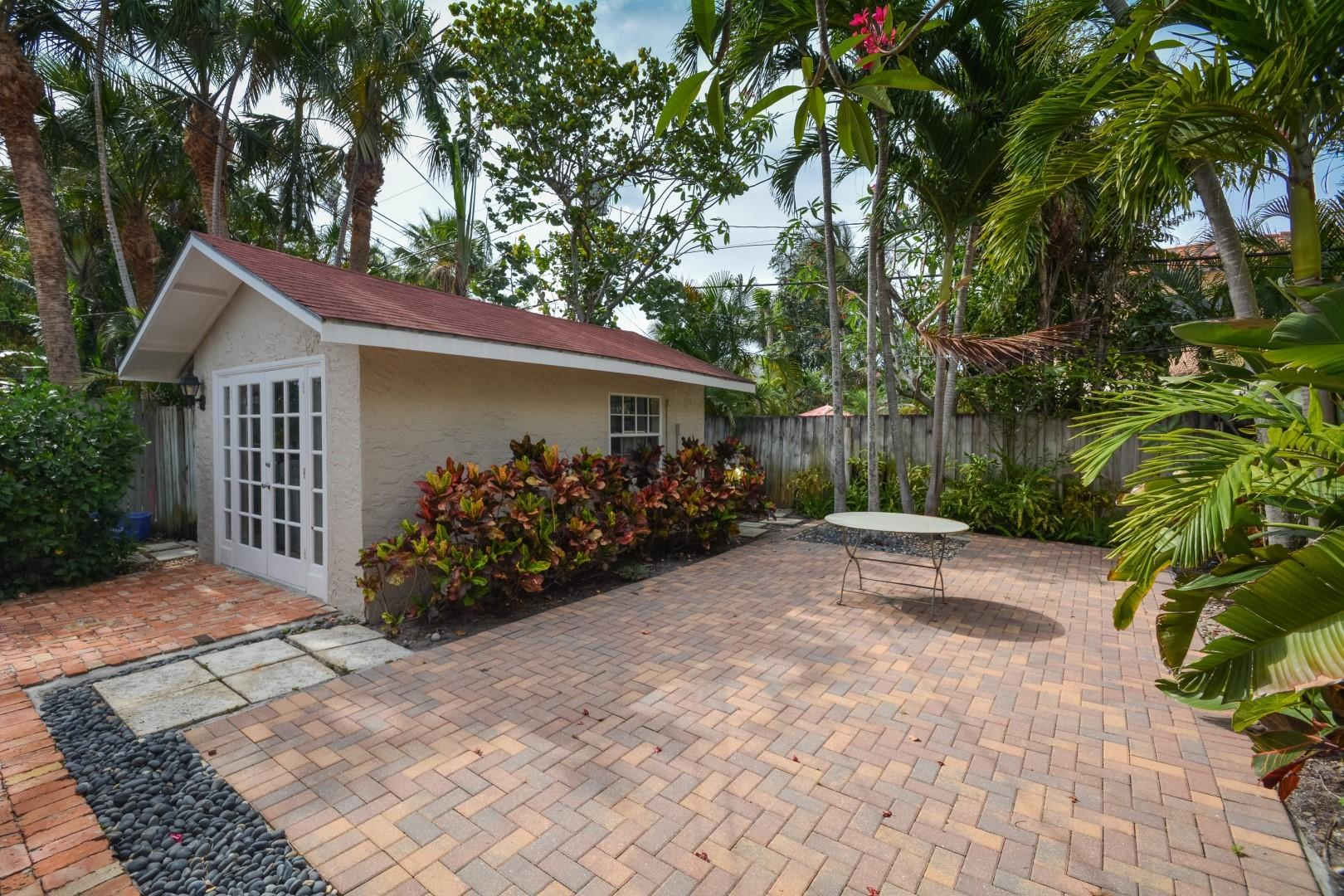 237 Dyer Road West Palm Beach, FL 33405 small photo 17