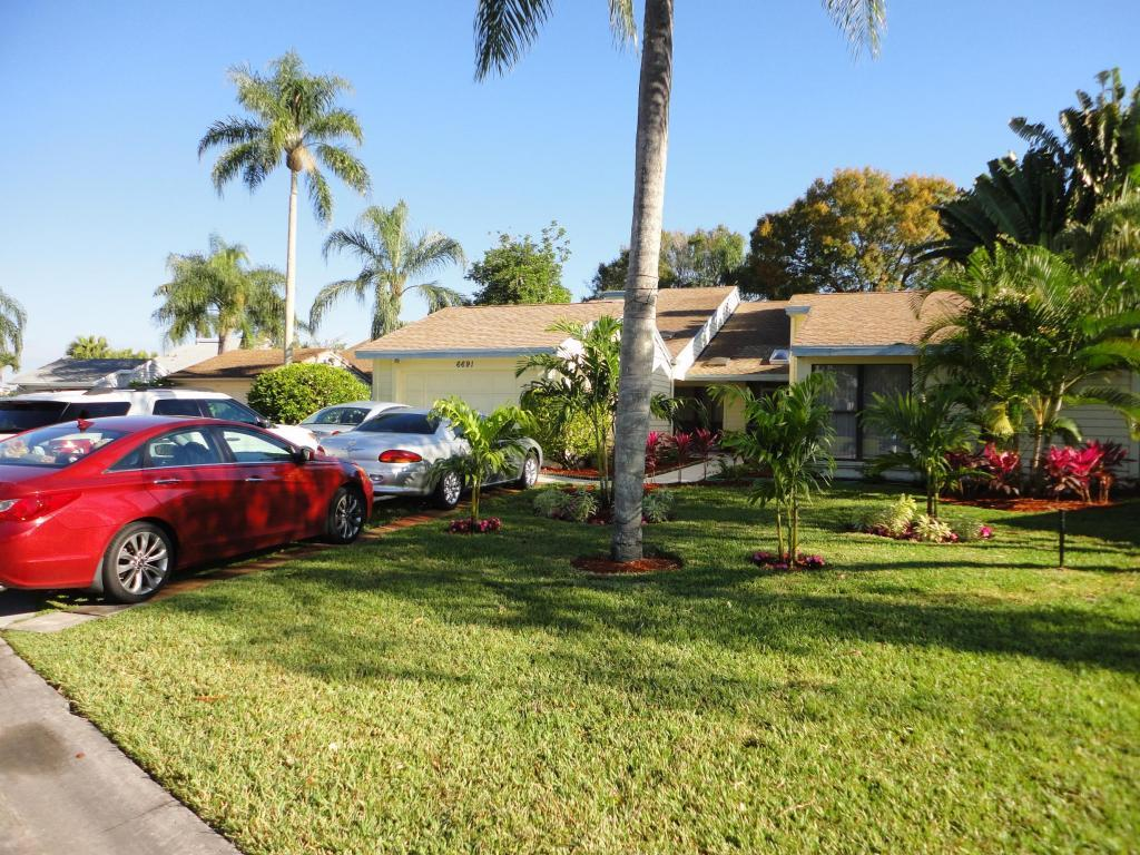 Home for sale in EASTPOINTE SUB 9-A West Palm Beach Florida