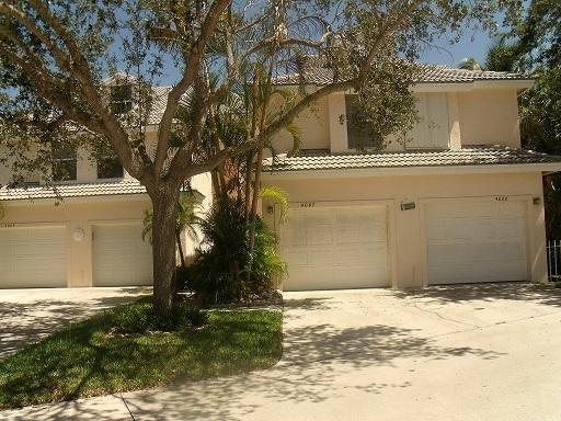 4007 Fairway Drive, Jupiter, Florida 33477, 2 Bedrooms Bedrooms, ,2.1 BathroomsBathrooms,F,Condominium,Fairway,RX-10432366