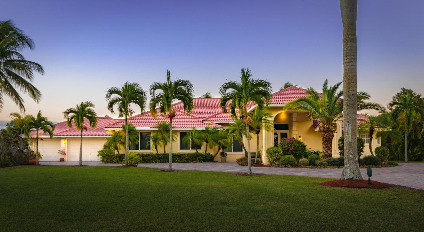 Home for sale in WELLINGTON AERO CLUB OF THE LANDINGS AT WELLINGTON Wellington Florida