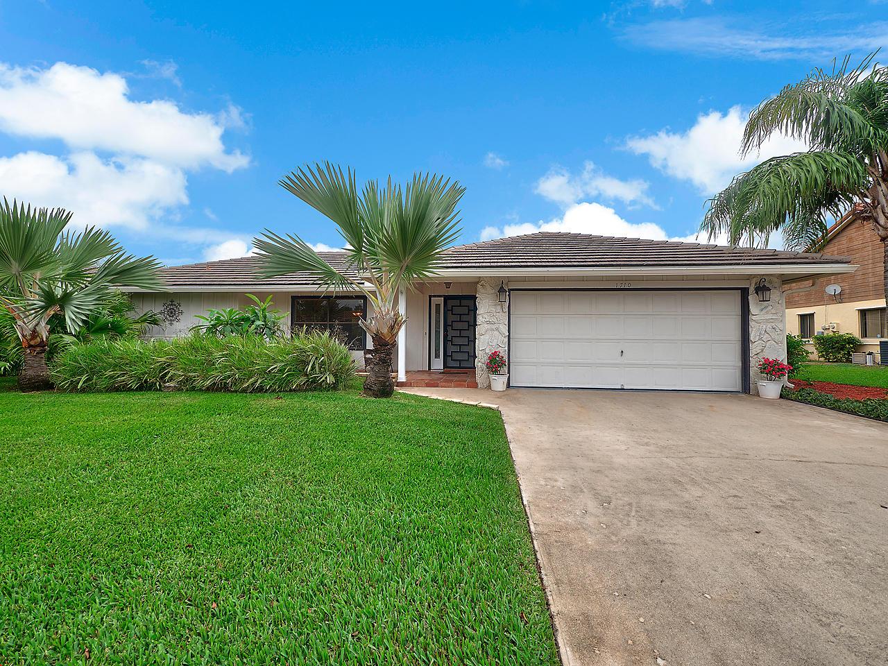 1710 Kelso Avenue Lake Worth, FL 33460 photo 1