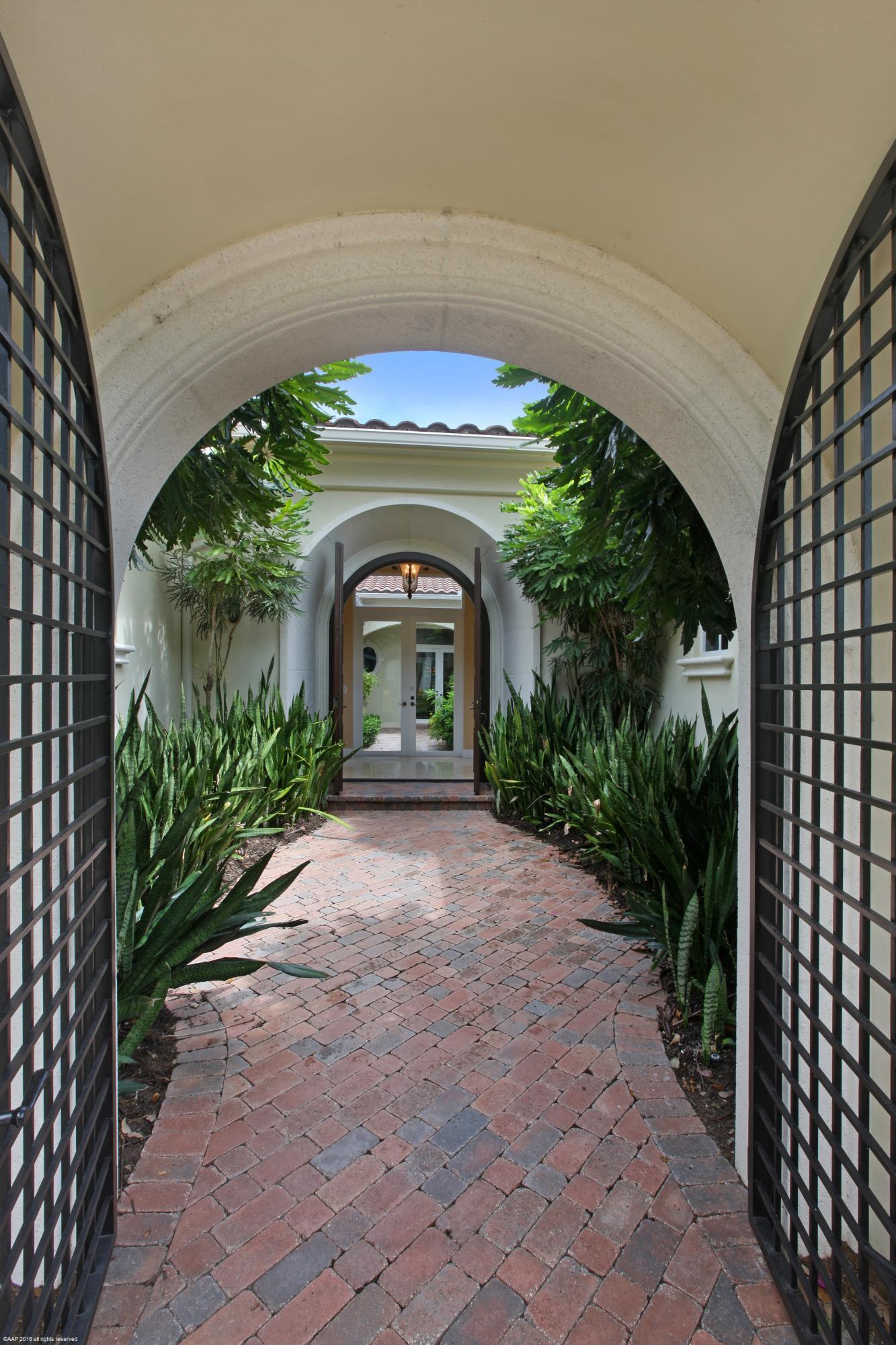 11215 Orange Hibiscus Lane, Palm Beach Gardens, Florida 33418, 3 Bedrooms Bedrooms, ,3.2 BathroomsBathrooms,A,Single family,Orange Hibiscus,RX-10400199