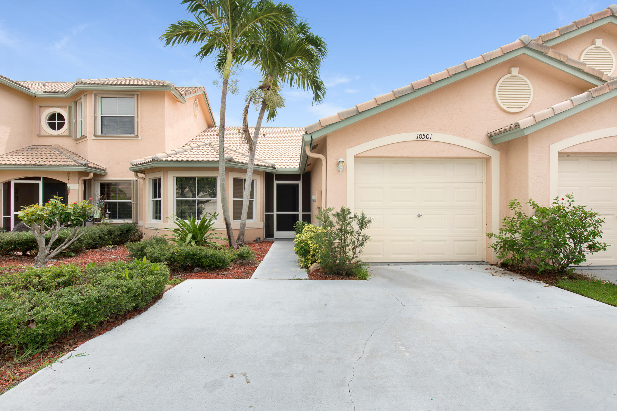 10501 Pelican Drive Wellington, FL 33414 photo 2