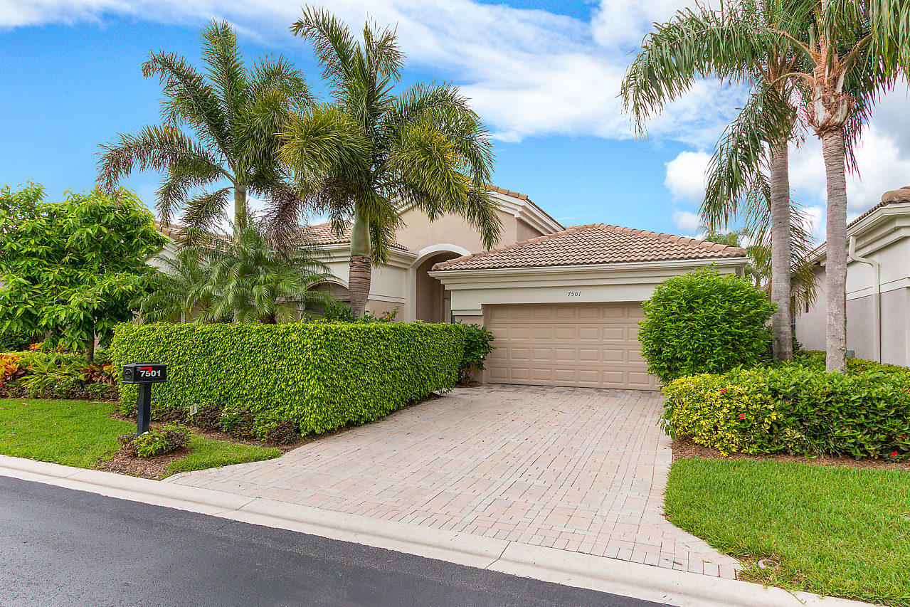 7501 Blue Heron Way West Palm Beach,Florida 33412,3 Bedrooms Bedrooms,3 BathroomsBathrooms,A,Blue Heron,RX-10434957