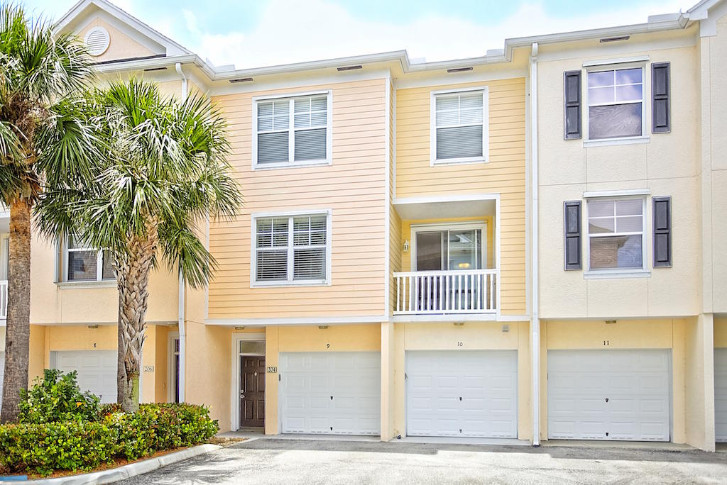 155 Galicia Way 204, Jupiter, Florida 33458, 2 Bedrooms Bedrooms, ,2.1 BathroomsBathrooms,A,Townhouse,Galicia,RX-10436084